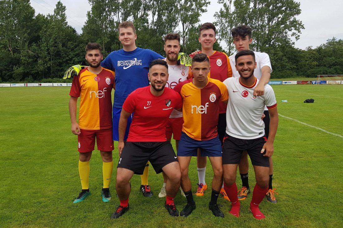 [2] Team Galatasaray